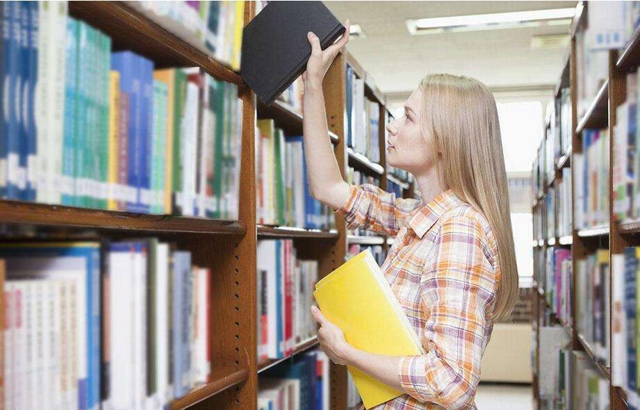 试谈图书封面的质量问题与解决之道